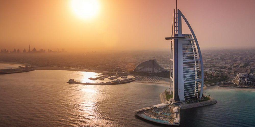"""Burj Al Arab – prvý """"sedemhviezdičkový"""" hotel sveta"""